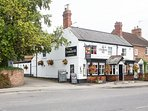 Local pubs, shops and cashpoints round corner