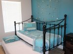 Pull out Bed can Sleep 2 Adults