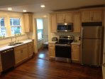Large, airy, sunny kitchen -- BRAND NEW appliances