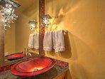 This condo features 2.5 pristine bathrooms.