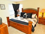 Master Suite 3 - King-size bed, with TV & en-suite bathroom
