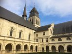 l'Abbaye de Fontevraud à seulement 15 min en voiture