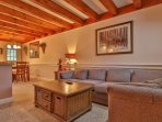 Comfy and charming condo w/ easy access to the slopes, shuttle, and airport!
