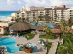 Emporio Hotel And Suites Cancun Pool