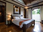 De Luxe double room with king size bed