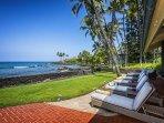 4 outdoor loungers to enjoy the Kona sun