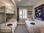 5th bedroom with bunk beds and twin bed - sleeps 4.