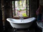 double slipper tub