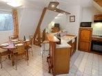 Le Manoir des Deux Amants Dine With Kitchen