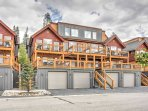 Complete with a 1-car garage with a built-in ski rack, this townhome is equipped to handle all your gear and adventure...