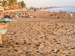 The famous Finns Beach Club is just 1.6 km from Villa Bahagia