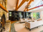 Incredible Home Sets Bar for Stratton Views&Luxury
