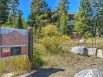 During your stay, you'll be just steps from the Snowflake Trailhead.