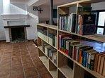 Internet Wi-Fi, TV led, biblioteca, chimenea, extintor, botiquin.Casa-Molino: El Molino del Panadero