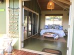 entry sunroom with daybed