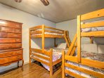 The bedroom downstairs has 2 twin-over-full bunk beds.