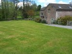 THE STABLE, barn conversion, garden, river fishing available in Marstow, Ref 532