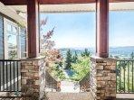 Front patio, gorgeous sunshine year round!