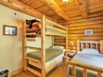 Tuck the kids into the twin-over-twin bunk bed or twin-sized bed in the Moose Room.