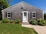 Welcome to 'Following Seas' situated directly on Cape Cod Bay