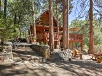 NEW! 2BR Idyllwild House w/Deck & Mountain Views!