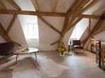 Maisonette Appartement, 85 m2 Wohnküche,  Kamiofen, Zirbenschlafzimmer, stimmungsvolles Dachgeschoß