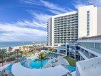 Wyndham Clearwater Beach Resort outdoor pool