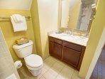 Wyndham Long Wharf bathroom