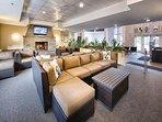Wyndham Long Wharf lounge