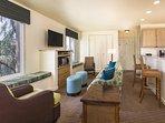 WorldMark Las Vegas-Tropicana living room