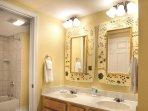 Wyndham Smoky Mountains bathroom