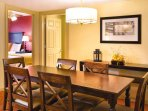 Wyndham Old Town Alexandria dining area