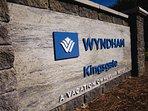 Wyndham Kingsgate property logo