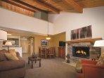 WorldMark Bend Seventh Mountain Resort living room