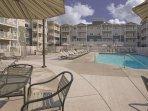 WorldMark Long Beach outdoor pool