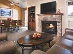 Wyndham Flagstaff living room