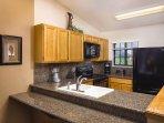 Wyndham Flagstaff kitchen