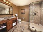 Vino Bello Resort bathroom