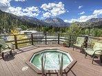 Heidelberg Inn Resort outdoor hot tub