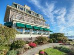 Wyndham Bay Voyage Inn property
