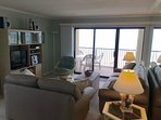 Living Room w/Entertainment Ctr looking toward the ocean