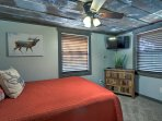 The Deer Room features a queen bed and 32-inch flat-screen.