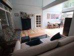 Open plan living room / dinning room / kitchen (40 m2)