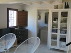 mirando a cuenca salón y cocina, chimena, acogedor, recién reformado