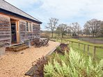 THE OLD CART SHED, close to New Forest, near Rockbourne, tennis court, Ref
