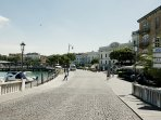 Take a leisurely stroll or a 5-minute drive to Desenzano town centre