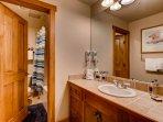 Sink,Indoors,Room,Blanket,Towel