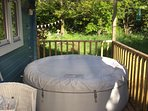Tranquil, peaceful and private, Cuttermoon Lodge has it's own private hot tub on a covered veranda