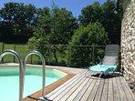 Terrasse piscine exposée est-sud-ouest