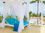 It will be your favorite spot in the apartment. The outdoor canopy bed will make your day!